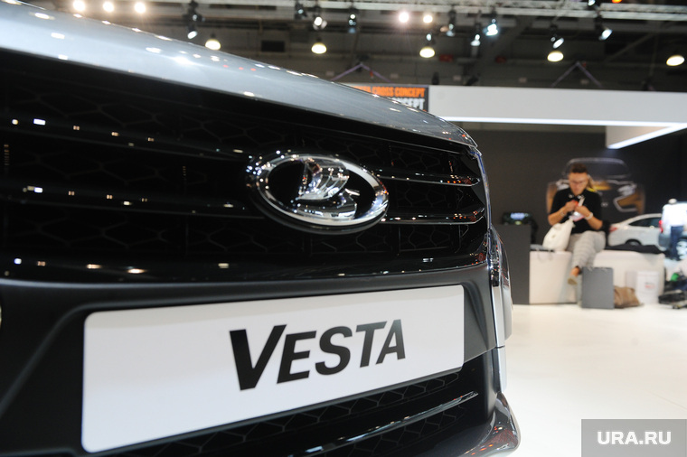 АвтоВАЗ выпустит новую модель Lada