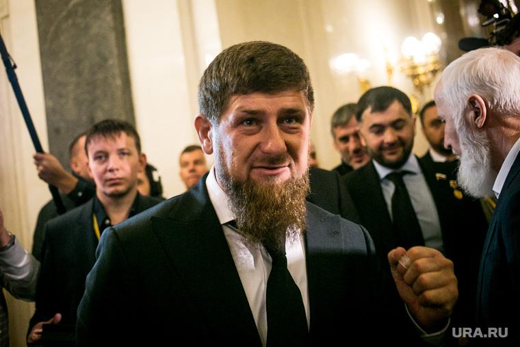 Кадыров призвал врачей забыть об отпусках на время пандемии