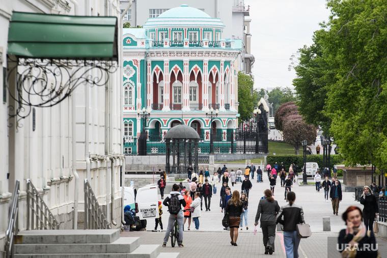 Названа дата начала выхода Свердловской области с карантина. Инсайд