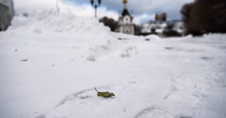 ЯНАО в конце мая пошел сильный снегопад смотреть видео