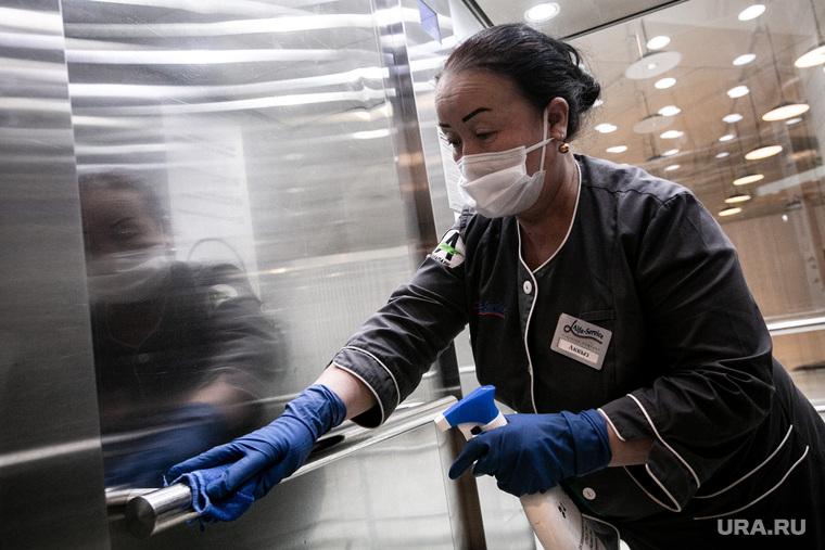 В ЯНАО второй день подряд умирают люди с коронавирусом