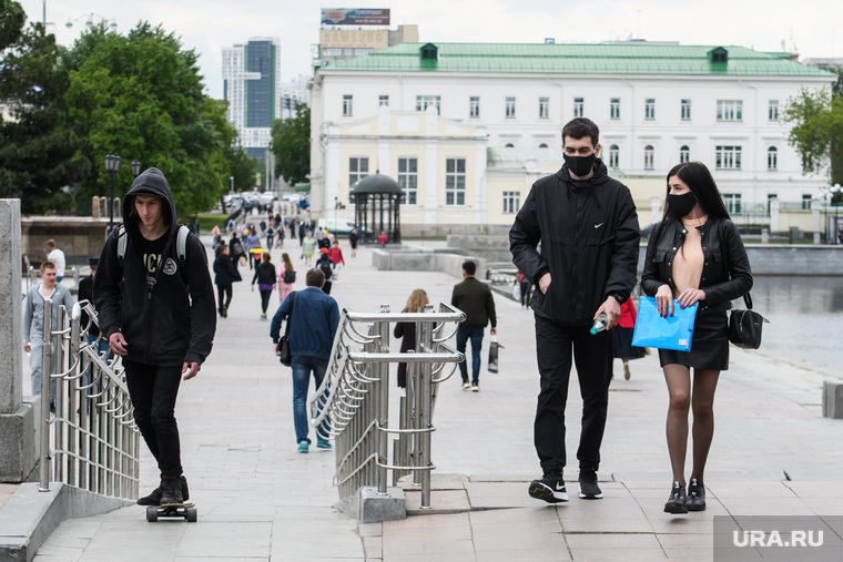 За сутки в России заболели коронавирусом свыше 8 тысяч человек