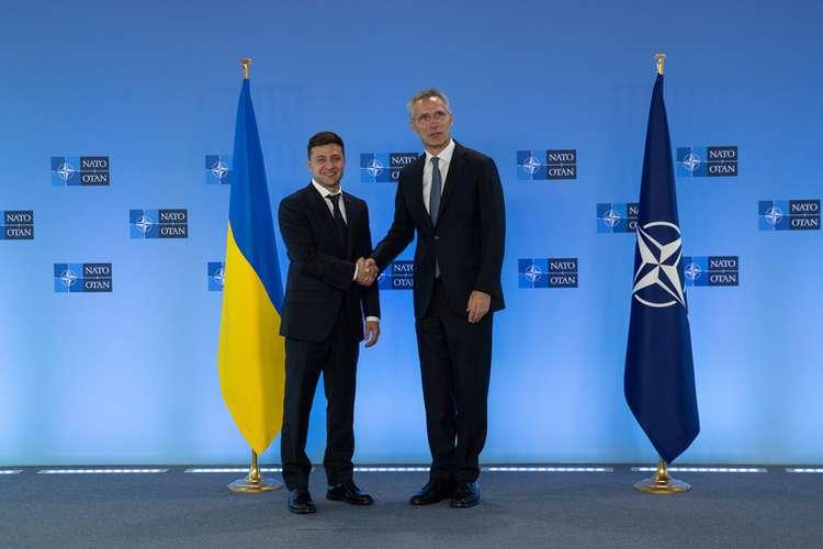 На Украине предложили начать переговоры по Донбассу без России