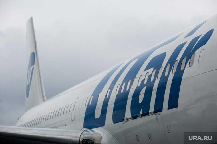Самолет, летевший в Тюмень, экстренно сел в Сургуте