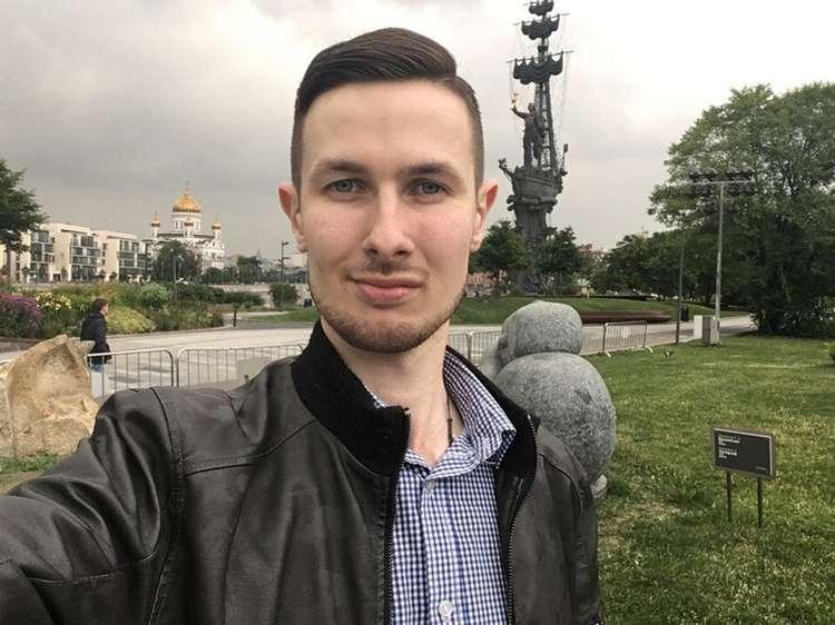 В Екатеринбурге коммунист вызвал на дуэль православного. Не поделили памятник Ленину. ВИДЕО
