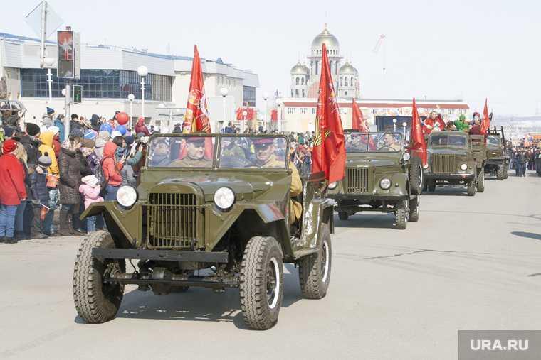 Власти ЯНАО затянули подготовку к параду Победы. Оргкомитет еще не собирался
