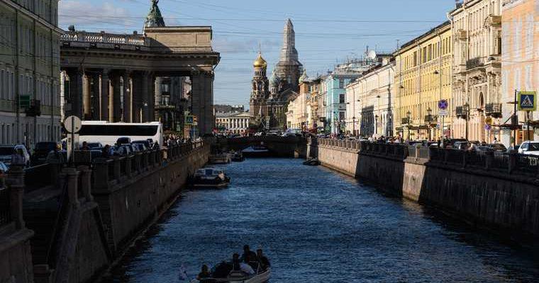 регионы России качество жизни лучшие Петербург Москва