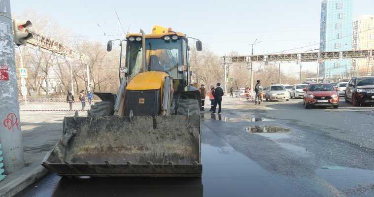Екатеринбург когда откроют проезд поворот космонавтов челюскинцев