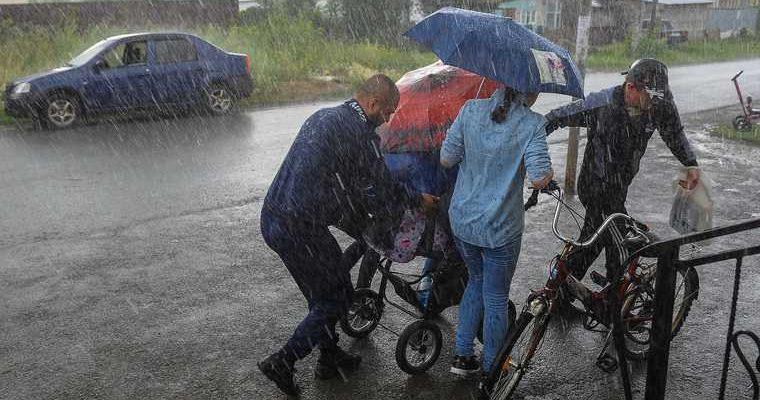 Челябинская область погода гроза ураган дожди град 10 11 августа