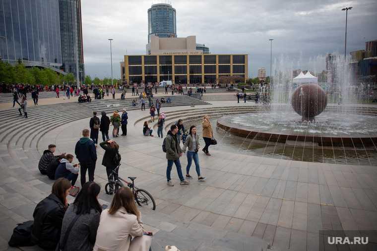 митинг на октябрьской площади