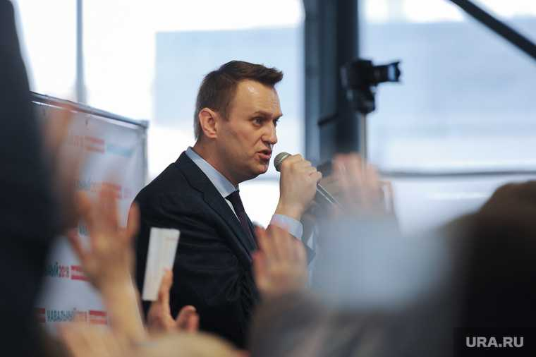 Россия запросила у Германии результаты анализов Навального