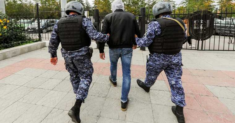 Челябинская область полиция подполковник Даутов пьяная драка видео