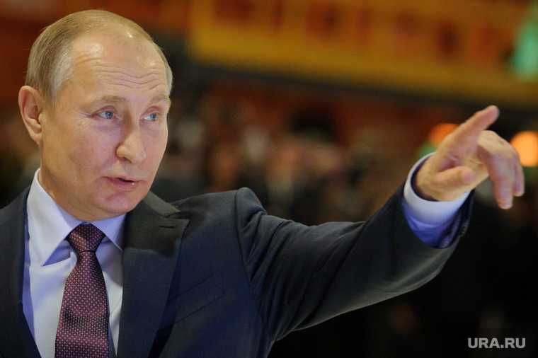 Путин возобновил командировки Россия