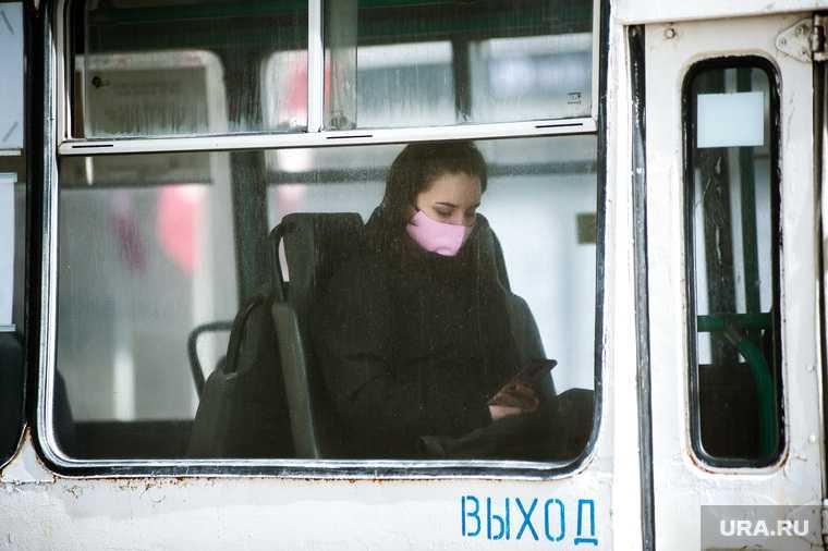 Виды города во время вынужденных выходных из-за ситуации с CoVID-19. Екатеринбург