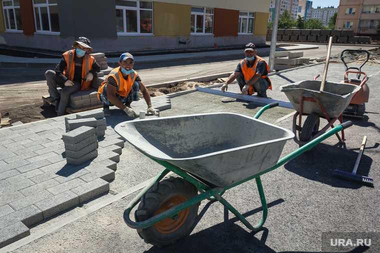 нехватка работников в строительной отрасли