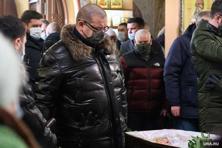 Бывшего вице-мэра Екатеринбурга втягивают ввойну