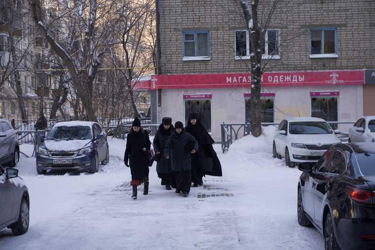 Монахини отца Сергия вступили в спор за монастырь. Фото из суда