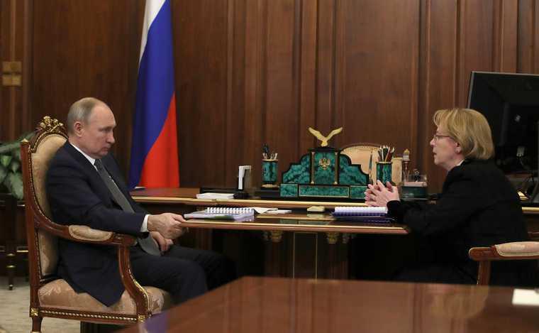 Путин поставил срок для создания новейшей вакцины откоронавируса