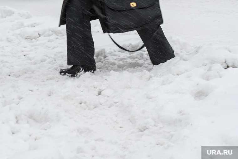 чп миньяр снег завал женщина
