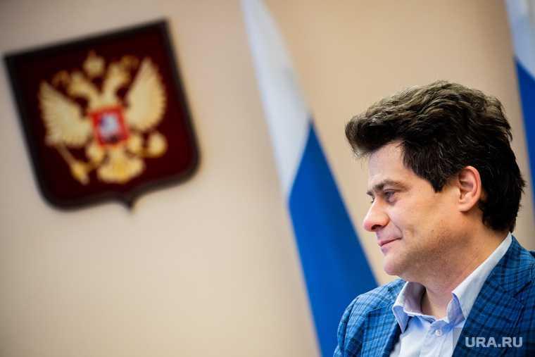 губернатор Свердловской области ушел в отпуск март 2021