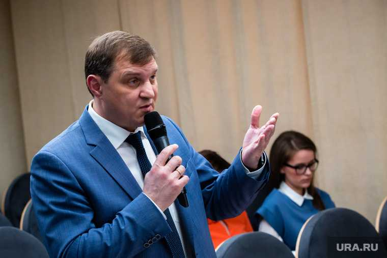 Вице-мэр Сургута Кривцов уход в отставку