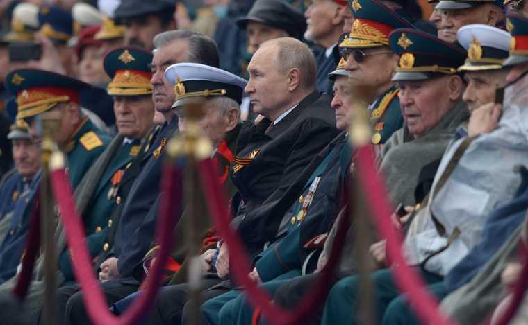 Путин изменил традиции выступления наДне Победы