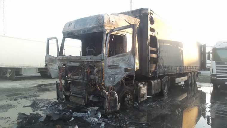 В Екатеринбурге взорвалась фура. Фото