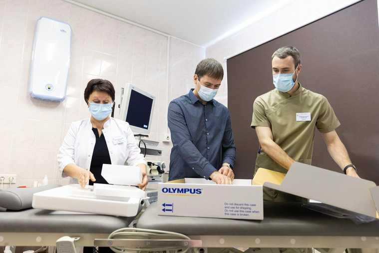 Свердловские меценаты купили уникальное медицинское оборудование. Оно позволит видеть легкие изнутри
